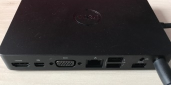 Dell WD15 vorn